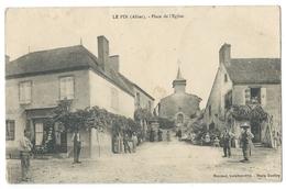 LE PIN (03, Allier) Place De L'Église - Belle Animation - Ed. Mascaud Buraliste - France