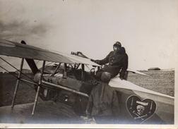 Photo De L'AS Charles Nungesse Avec Son Avion Le Verdier (17.4*12.4cm) Annotée Au Dos