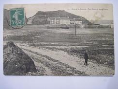 CPA  Baie De La Frénaie Port Nieux A Marée Basse 19.. T.B.E Animée - France