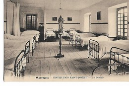 Institution  Saint-Joseph   -  Un  Dortoir - Marvejols