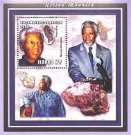 Mozambique 2002 - Célébrité, Président - Nelson Mandela. - Mozambique