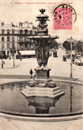REIMS -51- FONTAINE BARTHOLDI PLACE DE LA REPUBLIQUE - Reims