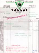 42 - ROANNE  BELLE FACTURE FRANCIS VALLAS - FABRIQUE BONNETERIE- COQ - 85 RUE HOCHE -TRICOTS FRANCYVONNE-1965 - 1950 - ...