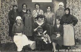 Carte-Photo D'un Groupe De Femmes à Identifier: La Noce à Simonne - Cage à Oiseau - Te Identificeren