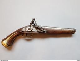 Rare PISTOLET D'ARÇON À SILEX, Type 1733/1734 - Armes Neutralisées