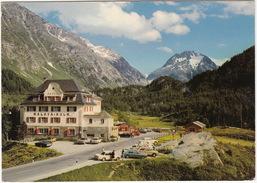 Maloja: BMW 1600-2, MERCEDES W114/15, PEUGEOT 404, VW 1200 & GOLF, FORD P5, LANCIA FULVIA - Hotel Maloya Kulm  - (CH) - Voitures De Tourisme