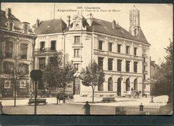 CPA - ANGOULEME - La Poste Et La Place Du Mûrier, Animé - Attelages - Angouleme