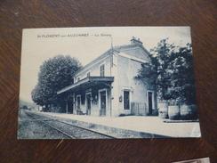 CPA 30 Gard Saint Florent Sur Auzonnet La Gare Pli Coin Droit Bas - France