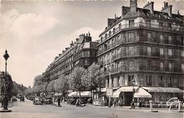 PARIS - 6ème Arrond - Boulevard Saint Germain, Vu De La Place St Germain Des Prés - CPSM - District 06