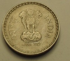 1998 - Inde République - India Republic - 5 RUPEES, Star, Hyderabad, KM 154.1 - Inde