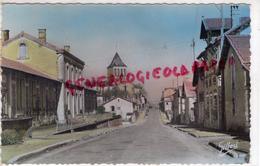 16 -  MONTMOREAU - LES ECOLES  ROUTE D' ANGOULEME -1953 - Otros Municipios