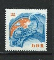 DDR-RDA - N° 693 -  Valentina Terechkova - **