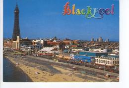 S3074 POSTCARD: Lancashire > Blackpool Tower And Seafront _ NOT WRITED _ Ed. John Hide + Bus Autobus - Blackpool