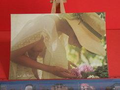 Cartes Postales > Thèmes > Illustrateurs & Photographes > Photo,David Hamilton,Silhouette De Femme -Non Circulé - Illustrators & Photographers