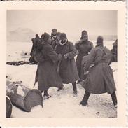 Foto Soldaten In Winterkleidung - 2. WK - 5*5cm (27585)