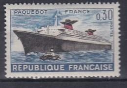 PAQUEBOT FRANCE   YT 1325**
