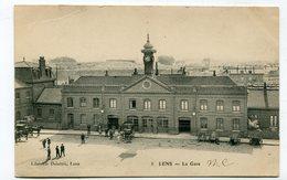 CPA  62  : LENS   La Gare  Avec Attelages   VOIR  DESCRIPTIF  §§§ - Lens