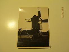 ESTONIA  SAAREMAA WINDMILL  ,  REAL PHOTO 3 , 0 - Windmills