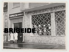 N.3 FOTOGRAFIE ANNI '60 FARMACIA COMUNALE - FOTO NOTIZIE FUMAGALLI VIA BORSI 2 ( MILANO - BRESCIA- ROMA - RIMINI- ??? ) - Mestieri