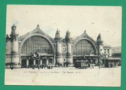 CPA I&LOIRE 8 /185 – TOURS, La Gare (tramway)