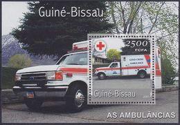 Guinée Bissau 2001 Nobel Red Cross Croix Rouge Ambulance
