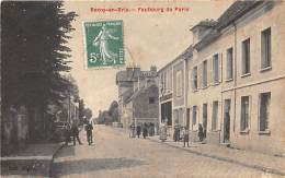 02 - AISNE - ROZOY EN BRIE - Faubourg De Paris - Animée