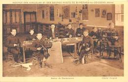02 - AISNE - SAINT MEDARD LES SOISSONS - Institut Des Aveugles Et Sourds Muets - Atelier De Cordonnerie