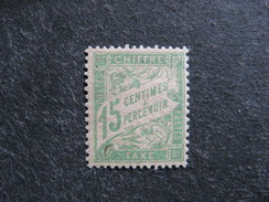 B). TB Taxe N°30 A , Papier G.C. Neuf XX . Cote = 65 Euros.