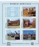 Grenada Grendaines1997-UNESCO-Paris, Notre Dame,Fontainebleau,,...YT-2061/5***MNH-Feuillet