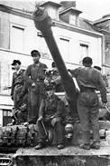Militaria WW2  - Bourgthéroulde 25.8.44 - Tigre De La 2ème SS-Panzer Abteilung 503 - 1939-45