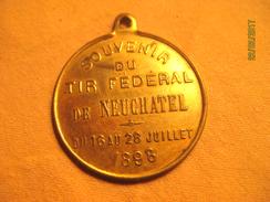 Suisse: Médaille Souvenir Tir Fédéral De Neuchâtel 1898 - Tokens & Medals
