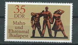 DDR  1976  Mi 2169  Internationale Mahn- Und Gedenkstätten