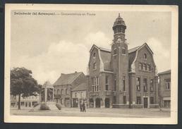 +++ CPA - ZWIJNDRECHT - Bij Antwerpen - Gemeentehuis En Plaats // - Zwijndrecht