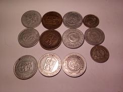 LOT DE 12 MONNAIES ALUMINIUM CESKOSLOVENSKA ANNEES 1960 ET AUTRES - Coins & Banknotes