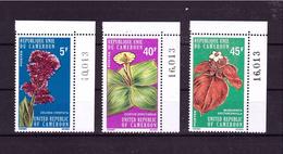1975 CAMEROUN Flowers Cpl. Set Of 3 Value Yvert Cat. 579/81 Perfect MNH ** - Plants