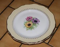 2 Assiettes Plates L'Amandinoise  Coopélia   Fleurs  Saint Amand Les Eaux  Nord