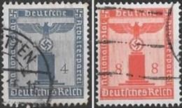 Timbre  D' Allemagne 1942   ' '   Yvert N° 118 & 121    -   Service  ' '   4 P. &  8 P. Bleu-gris Et Rouge Orange