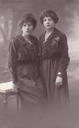 26064  Carte Photo -femme Soeur ? Vers 1910 ?  -  Belgique Studio Palaky ? Bruxelles Saint Josse-