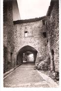 Grambois (La Tour D'Aigues-Pertuis-Lubéron-Vaucluse)-1953-Passage Couvert Des Templiers-Photographie Véritable - La Tour D'Aigues