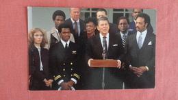US President Reagan  Jessie Jackson Ref --2497 - Historical Famous People