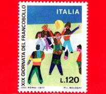 Nuovo - MNH - ITALIA - 1977 - 19ª Giornata Del Francobollo - 120 L. - Bambini Che Giocano A Pallavolo