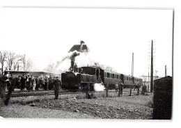 Photo J.H Renaud Format CPA Saint Valery Sur Somme La Gare Et Le Train Tramway Ligne De Noyelles Cayeux - Saint Valery Sur Somme