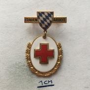 Badge (Pin) ZN004754 - Red Cross (Rotkreuz) Bayern Frauenarbeit - Associazioni