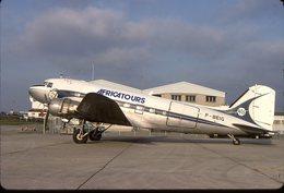 SLIDE / AVION / AIRCRAFT    KODAK   ORIGINAL     AFRICATOURS   DC 3   F-BEIG - Diapositives