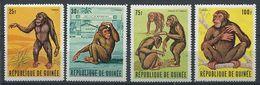 194 GUINEE 1969 - Yvert 382/85 - Singe Tarzan - Neuf ** (MNH) Sans Trace De Charniere