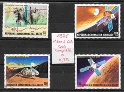 Espace Mars Viking - Madagascar N°600 à 603 1976 O