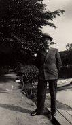 Photo Originale Homme - Beau Jeune Homme En Costume Rayé, Noeud Papillon Et Trilby Detroit à Orléans En 1934 - Objects