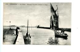 46B Cherbourg (-en-Cotentin) - Les Jetées - Barques De Pêche Prenant Le Large - Cherbourg