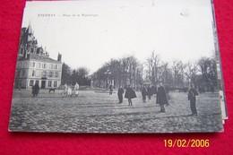 CARTE POSTALE ANCIENNE EPERNAY PLACE DE LA REPUBLIQUE