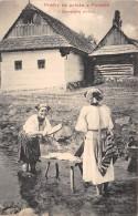 SLOVAQUIE / Pracky Na Potoku V Polonke - Slovaquie